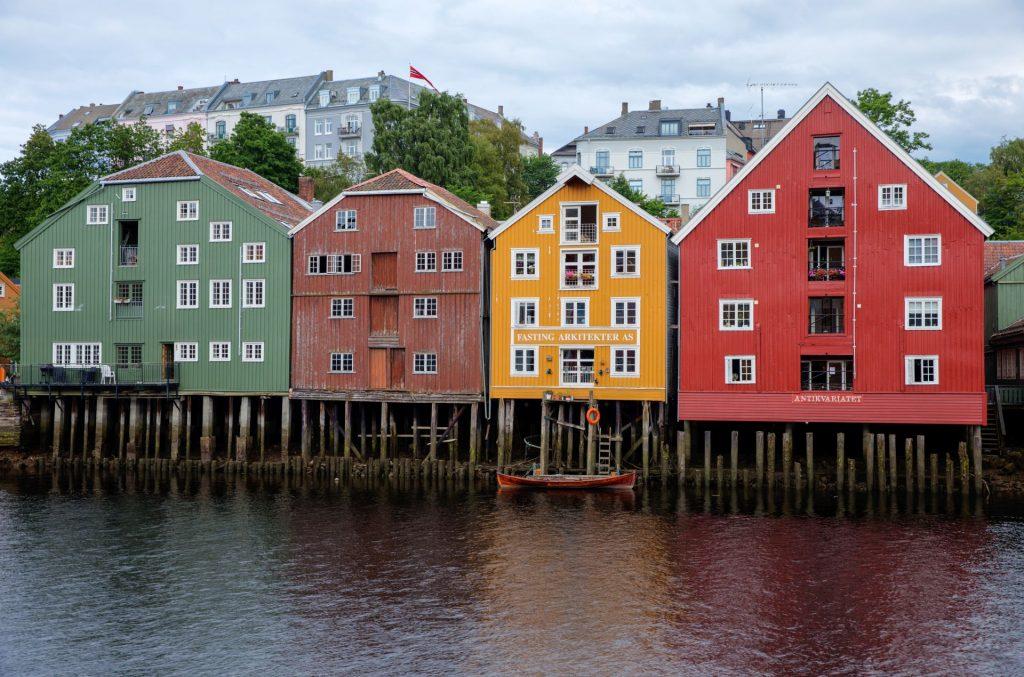 alte Stelzenhäuser in Trondheim