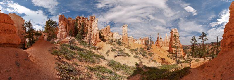 Bryce Canyon – Queens Garden Panorama 1